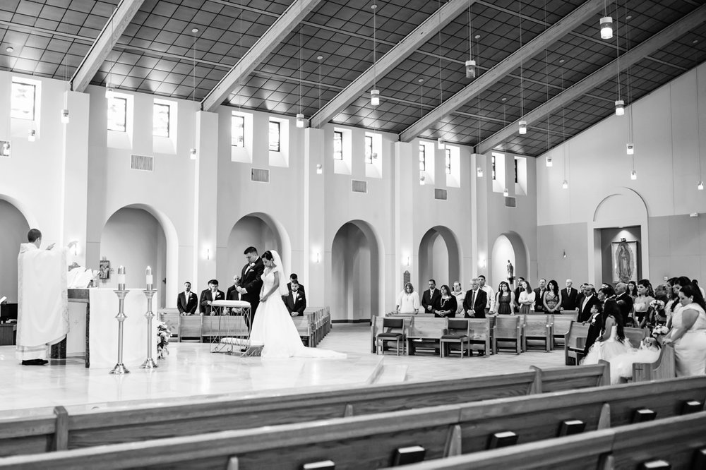 270ceb5fd dallas-wedding-photographer-mary-immaculate-catholic-church-904.