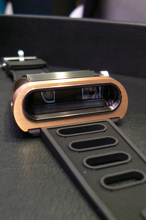 MB&F HM5 Gold