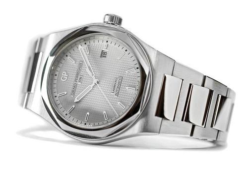 Girard-Perregaux Laureato 2016 Silver Dial