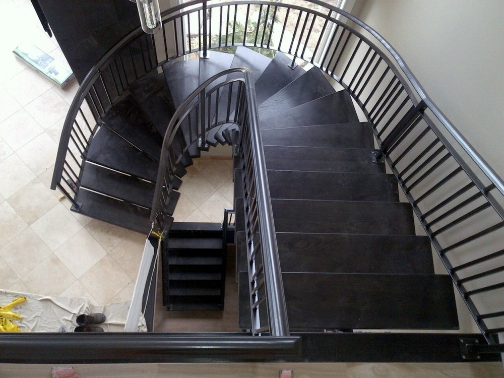 curve stair.JPG