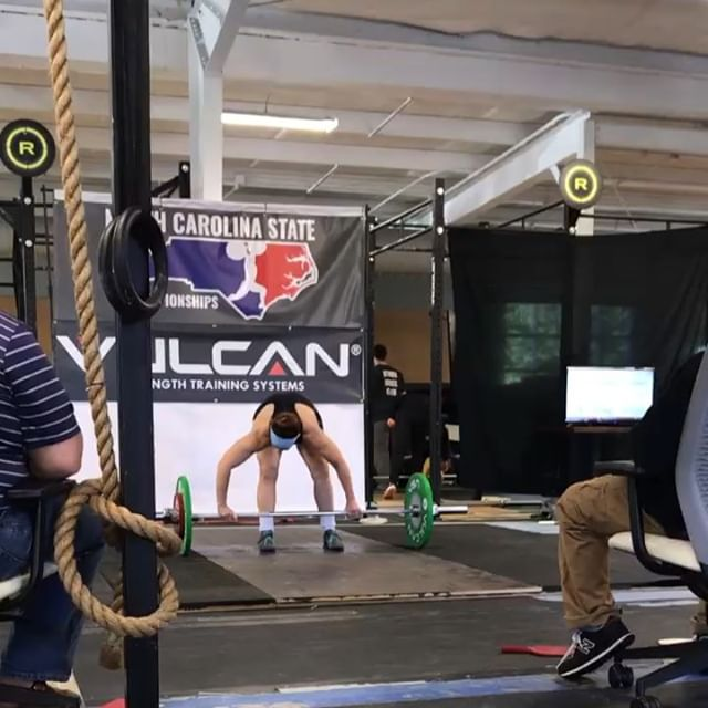 Starting off the @nc_weightlifting championships off with a bang! Athlete @zzerofoxx going 6 for 6 hitting both a meet PR and Lifetime PR with a 122kg total! #shooflybarbellclub #masterathlete #olympicweightlifting #fuquayvarina #fvdowntown #wearefv