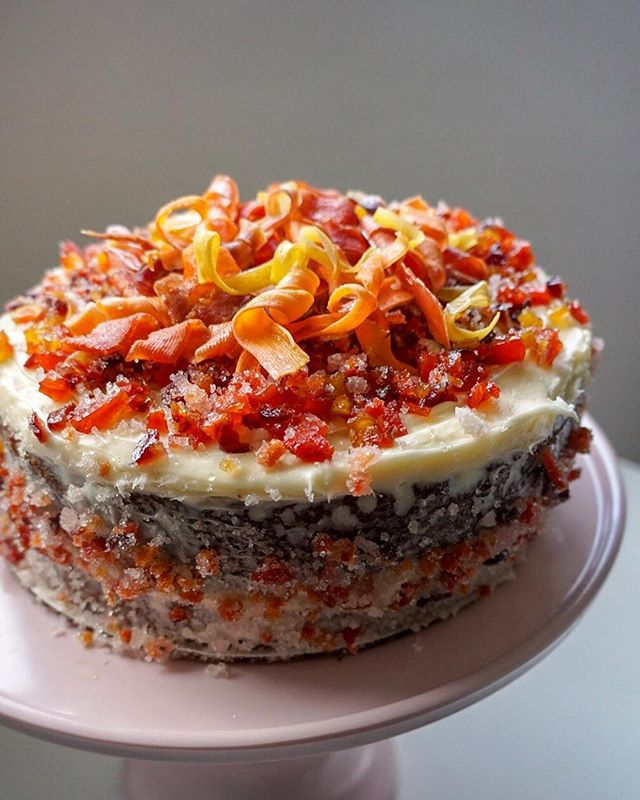 @weiserfamilyfarms carrot cake w candied carrot sprinkles & curls for the girls 🥕 @tehachapigrainproject sonora wheat 🎂