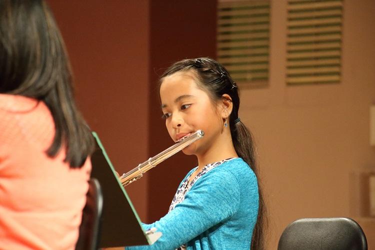 flute-student-honolulu.jpg