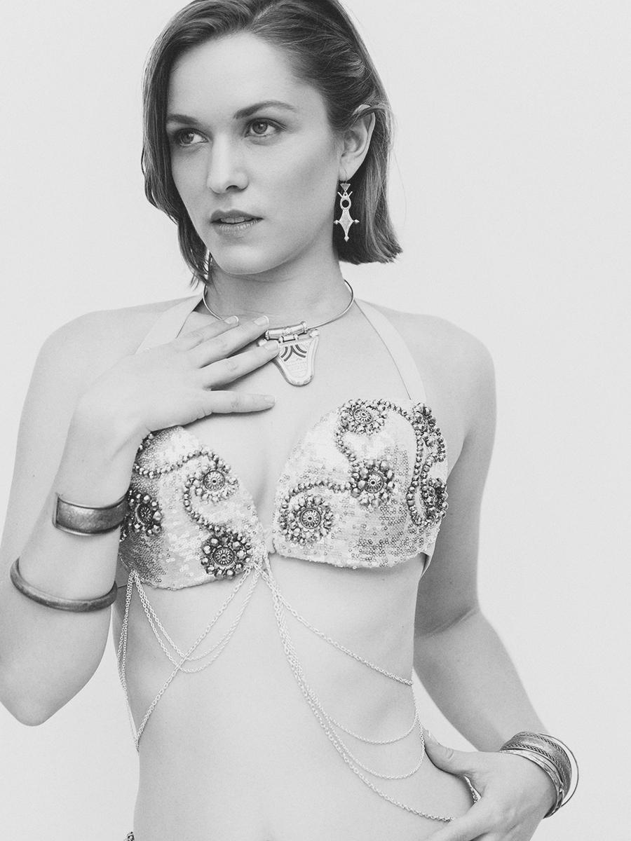 Emily Vere Nicoll Nude Photos 78