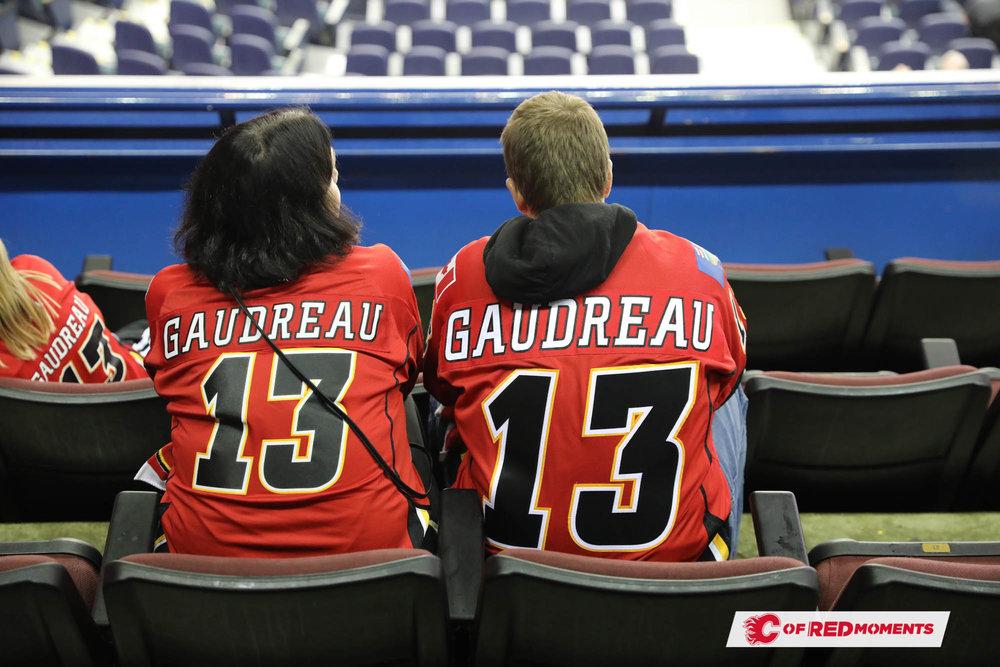 CalgaryFlamesPillars--27.jpg