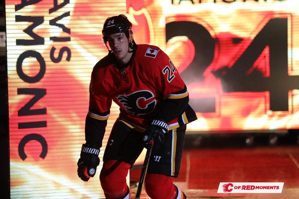 CalgaryFlamesPillars--68.jpg