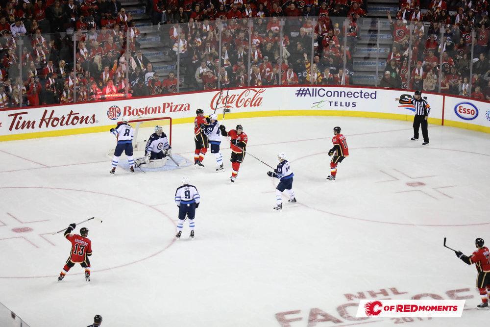 CalgaryFlamesPillars--103.jpg