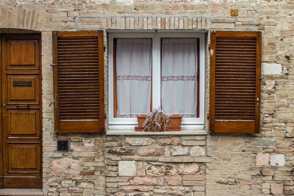 Window in Assisi