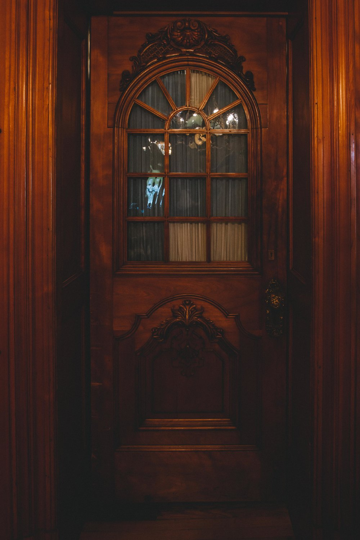Milwaukee, Past Mansion Interior Door