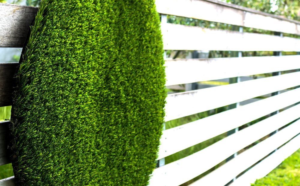 Mat on horizontal fence.jpg
