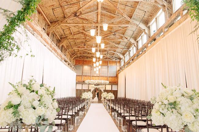 Jinda_Photography_Wedding_Herban_Feast_Sodo_Park_Wedding-5.jpg