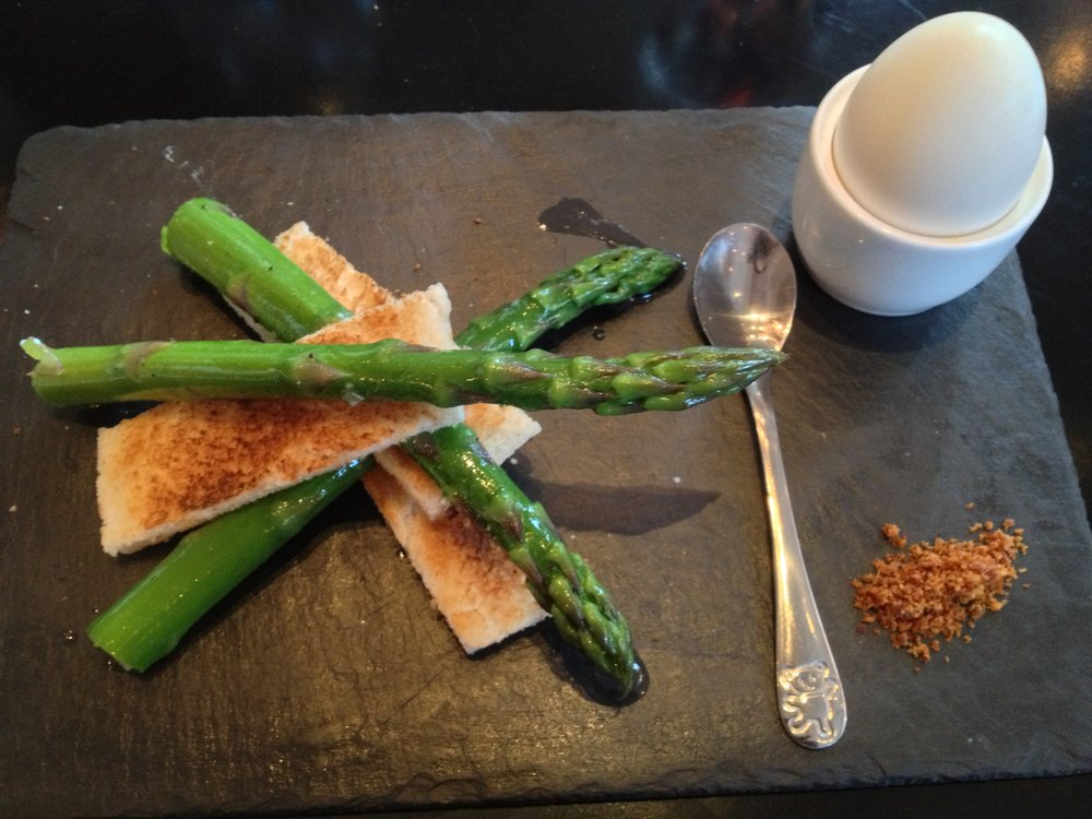 Asparagus spears with duck egg at The Grill on the Corner