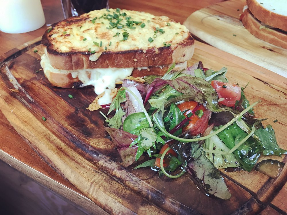 Croque monsieur at Finsbay