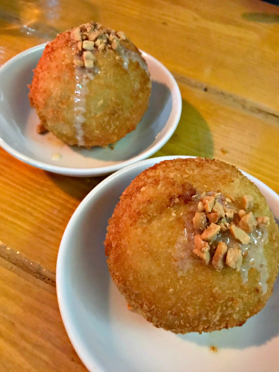Non Viet - deep fried ice cream