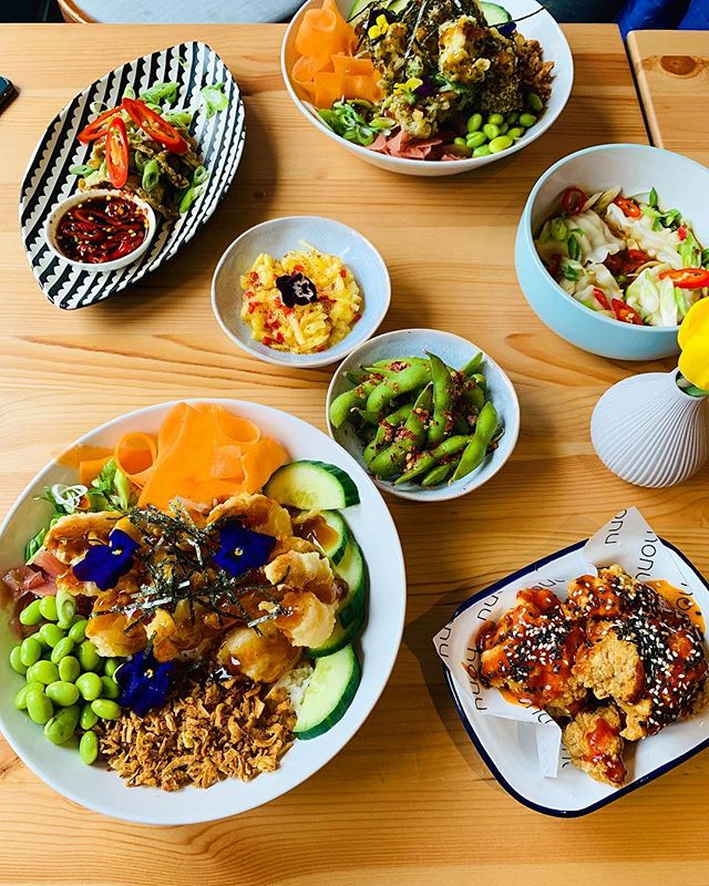 [AD] I wish I was eating this amazing tropical lunch at Honu @honuglasgow like I was a couple of weeks back with Charlotte & Ashley. Honu is so fresh & tasty, I had the poke bowl which is pretty much my dream meal. I'm a super fan of their food - have you been? ⠀⠀⠀⠀⠀⠀⠀⠀⠀⠀⠀⠀ ⠀⠀⠀⠀⠀⠀⠀⠀⠀⠀⠀⠀⠀⠀⠀⠀⠀⠀⠀⠀⠀⠀⠀⠀ ⠀⠀⠀⠀⠀⠀⠀⠀⠀⠀⠀⠀ This post is marked as AD because @honuglasgow are a client of mine! The ASA & CMA guidelines require me to make our commercial relationship clear to you, my lovely followers... AND Honu's food is epic so you should give them a try.  #glasgow #theglasgowfoodblog #food #foodpics #foodporn #foodphotography #glasgowfood #instafood #foodblog #foodblogger #theglasgowfoodcompany #peoplemakeglasgow #visitscotland #scotland #scotlandisnow #honu #honuglasgow #poke