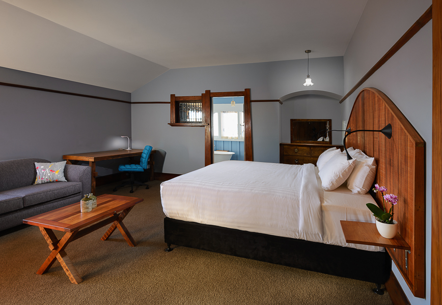Oak Room Super King Luxury.jpg