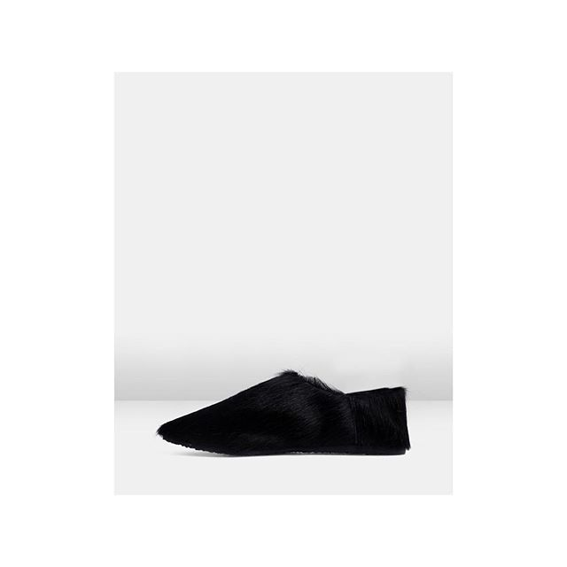#Fresh   Our beautiful Babouche are BACK. Loafer cum Slide. Or Slide cum Loafer, via the convertible heel detail (up or down).⠀ Grab yours. Link in Bio.