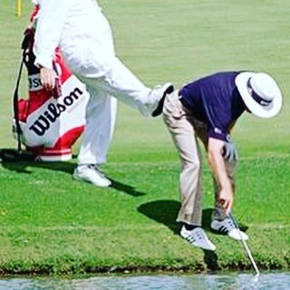 What would you do if your caddy did this?  #golf #golfstagram #instagolf #golfgram #teecil #golflife #golfer #golf⛳️ #smallbiz #madeinmassachusetts #golfing