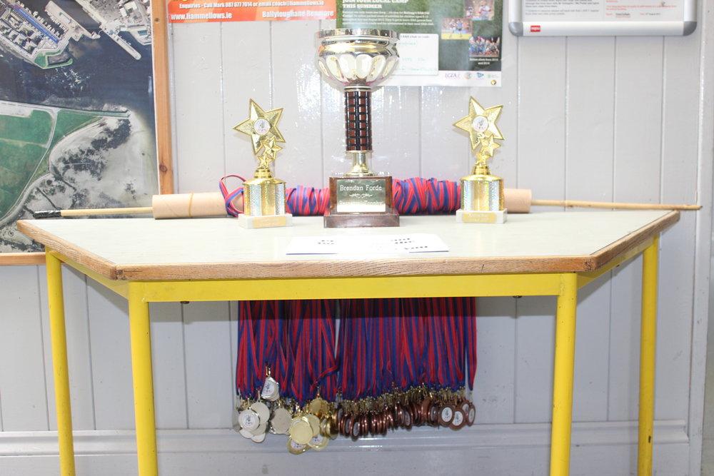 a table of glory.JPG