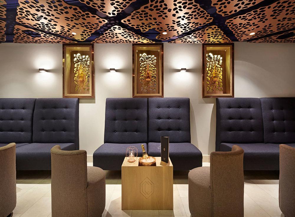 <b>CC Bar / Park Lane Hilton</b><br>Creating a luxury Champagne & Cocktail bar at London's Hilton, Park Lane