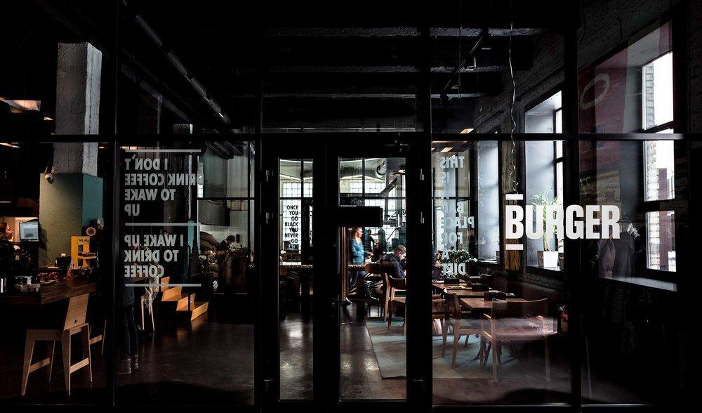 restaurant_LR.jpg