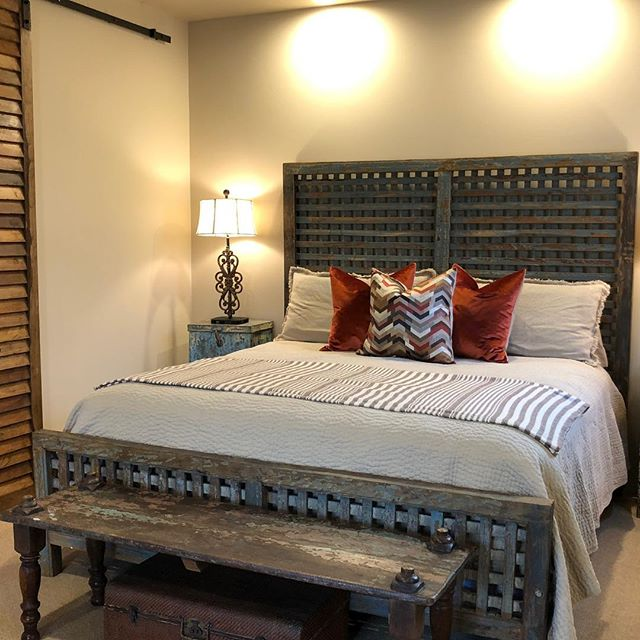 Fun Guest Casita refresh today in Whisper Rock.  #interiordesign #casita #pillows #customdesign #guestcasita #guesthouse