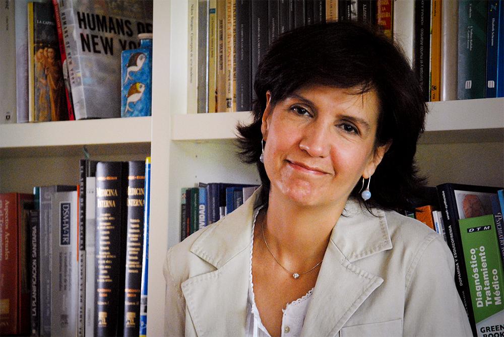 Dra. Silvia González Parra - Psiquiatra especialista en Psicoterapia  Número Colegiado: 282843407