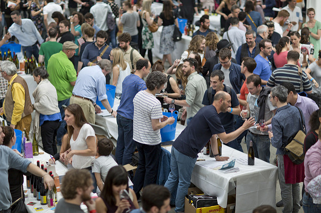 RAW WINE London - Crowds.jpg