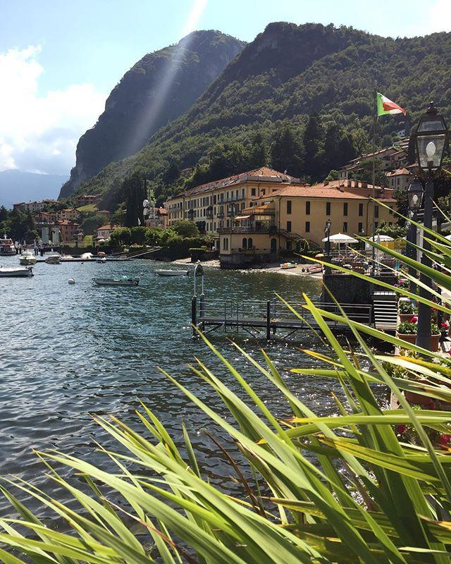 BELLA ITALIA ☀️ #BellaItalia #Menaggio #LakeComo #SundayTrip #NatureLover #PlantsLover #FlowersLover #Landscape #LandscapeDesign #Architecture #ArchiLover #DesignLover #Outdoor #Outdoorliving #DerekCastiglioniOfficial #OutdoorSpaceDesigner #Osd #TheUrbanGardener #MyLifeIsAJungle  #FollowMyGreenAdventures