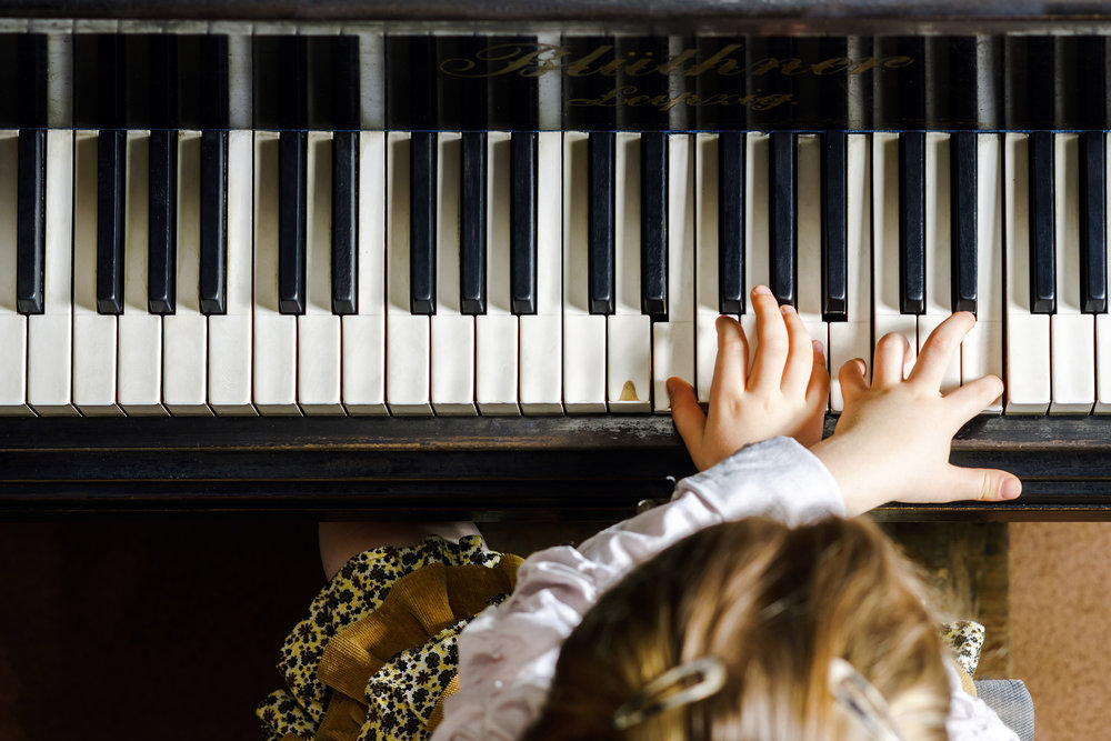 classical_music_piano.jpg