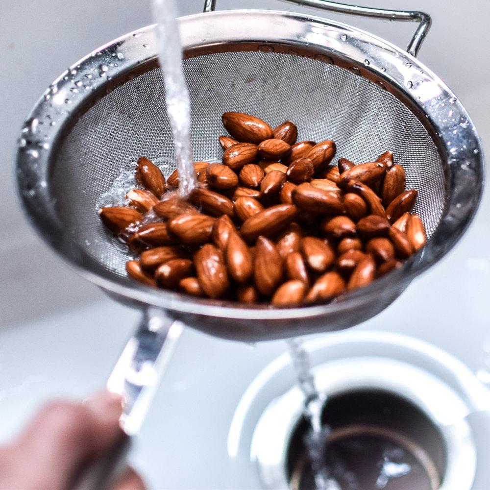 homemade almond milk by Make Mary