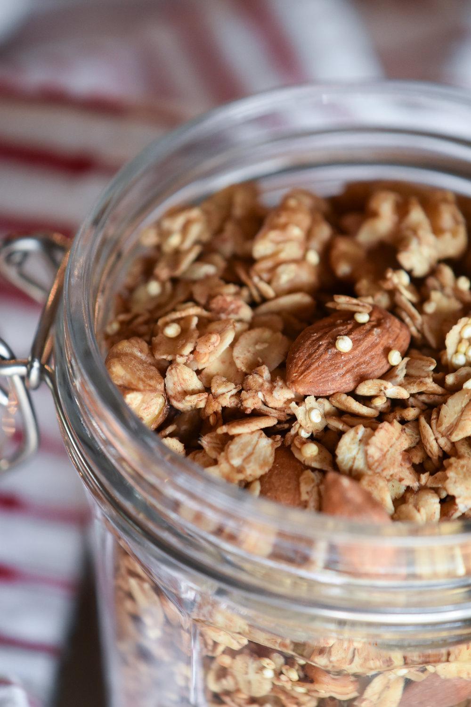 popped quinoa granola | Make Mary