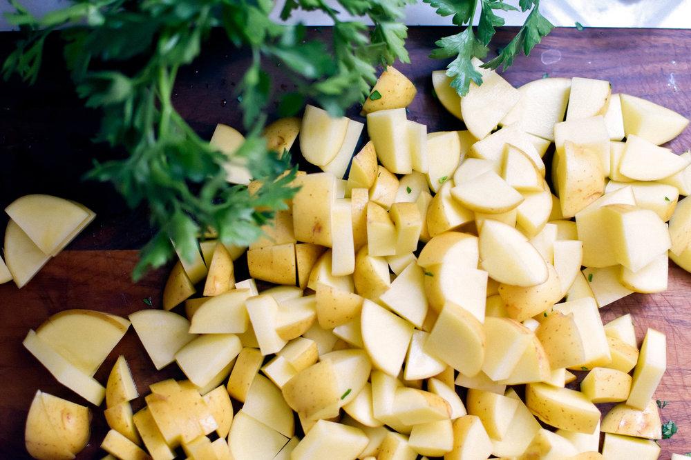 Grilled Lemon Potatoes with Lemon & Parsley #makemary