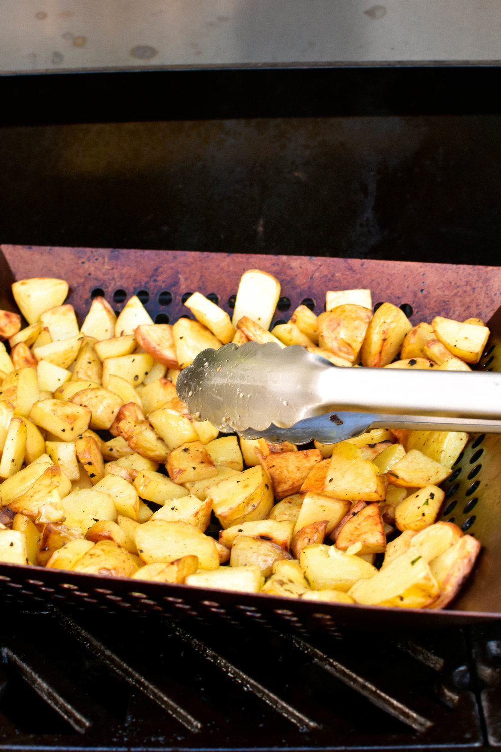Grilled Lemon Potatoes with Lemon & Parsley #makemary