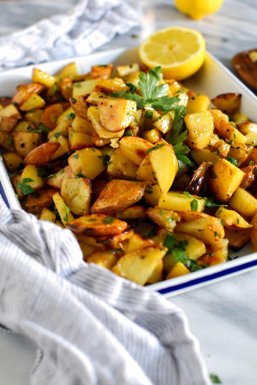 Grilled Lemon Potatoes with Lemon & Parsley Vinaigrette #makemary