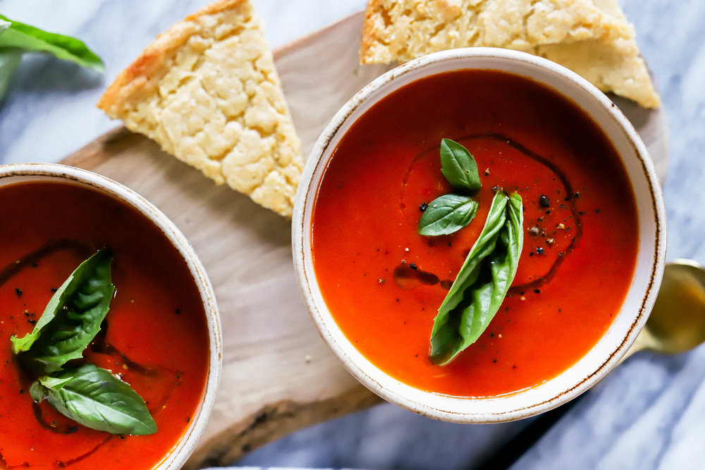 Easy homemade vegan and gluten-free tomato soup in bowls