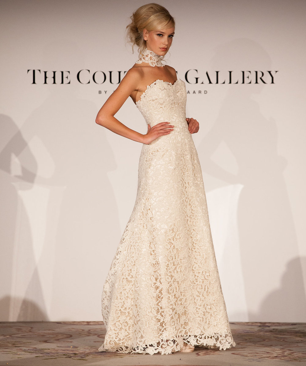 Valeria gown
