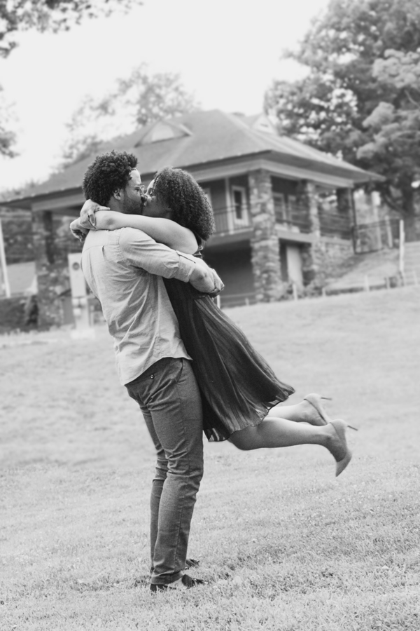 hubbard park engagement session (24).jpg