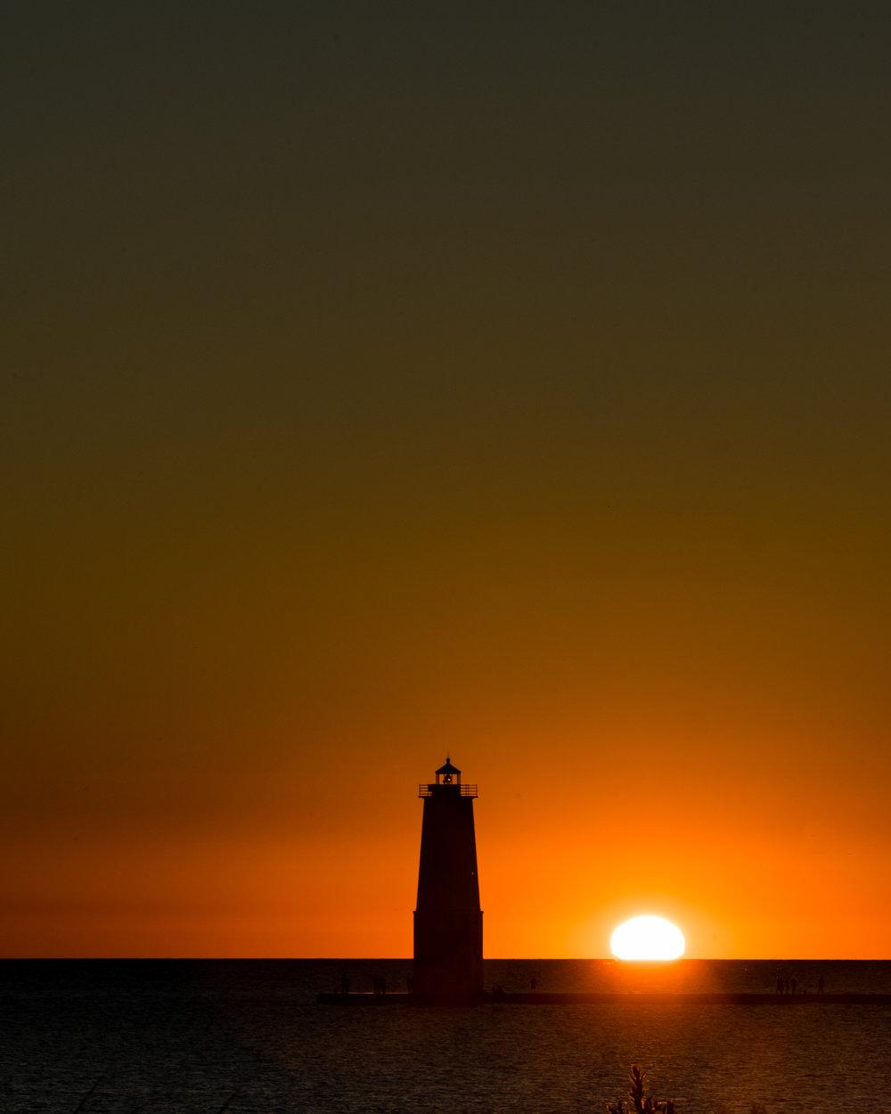 lighthouse-2.jpg