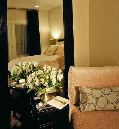 elan-guest-suites-and.jpg
