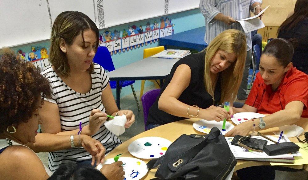 Creando espacios de aprendizaje y empoderamiento - Taller a educadores