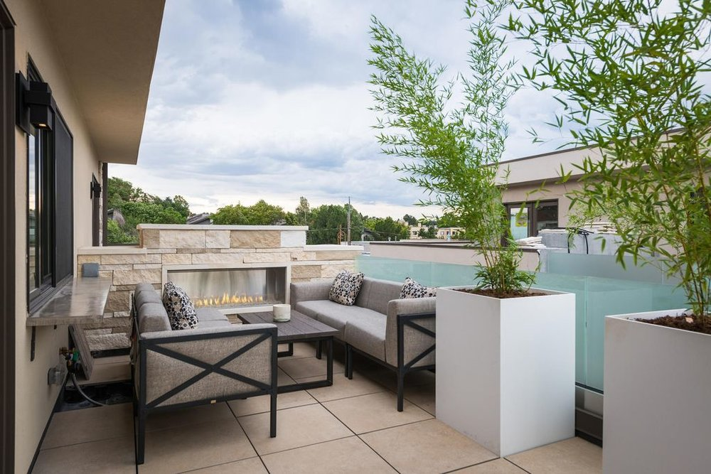 226 Monroe St. Denver, CO Rooftop Patio & Fireplace
