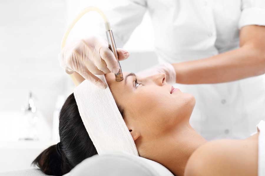 RestorE - Advanced & Machine Facials