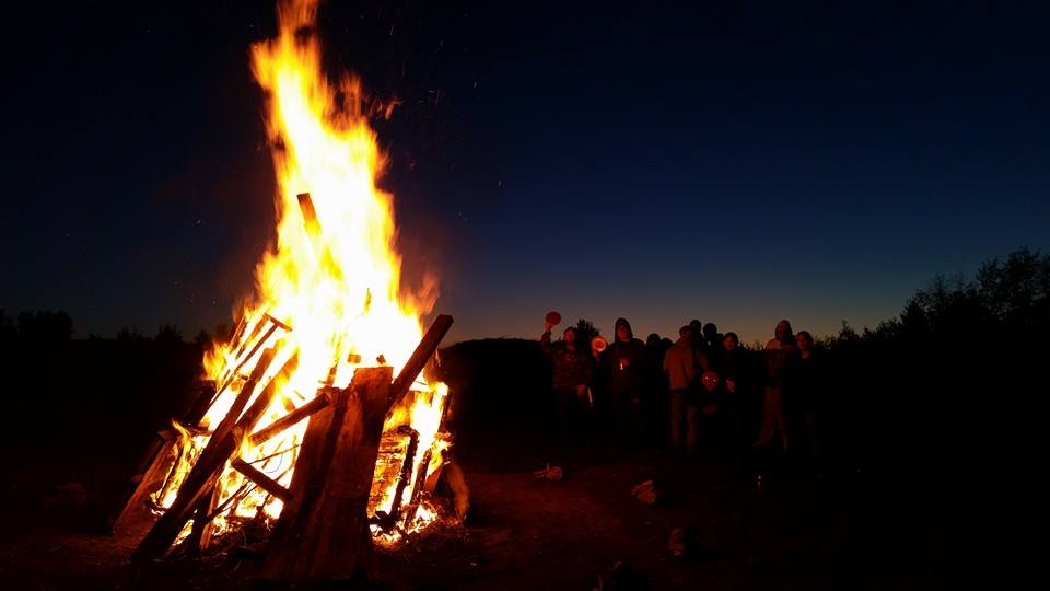 highbridge bonfire.jpg