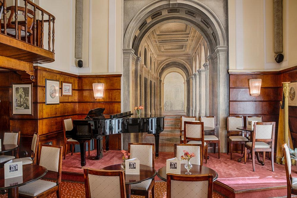 Restaurant hall - detail