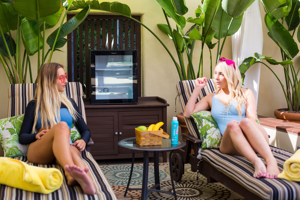 Come detox with us by the pool at our  Retreat this February !