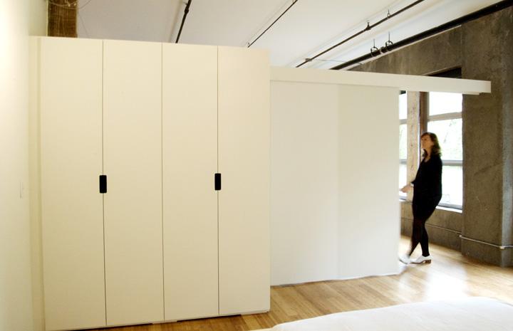 closet partition.jpg