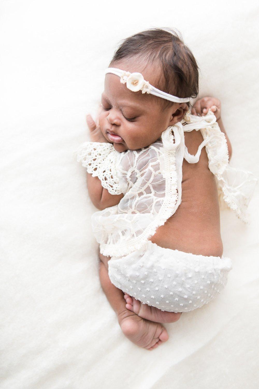 newborn-baby-photographer-champaign-county-Illinos-Darling_1212.jpg