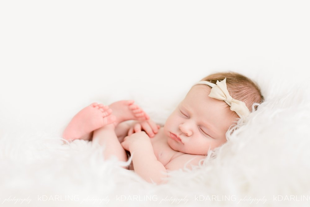 Newborn-Photography-Champaign-County-IL-Girl-pink-white-darling_1937.jpg