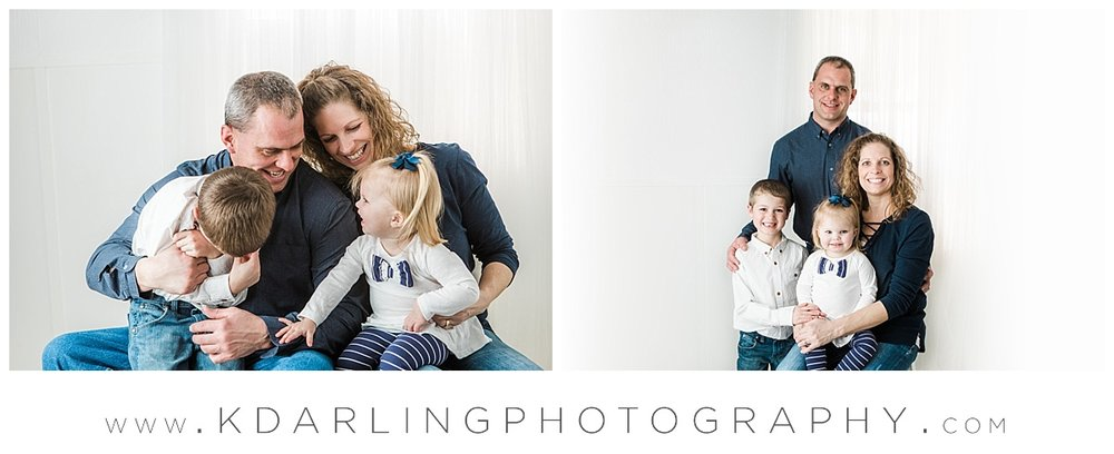 Family of 4 studio pictures